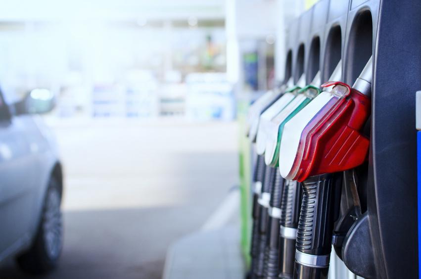 El nuevo etiquetado de combustibles, obligatorio en vehículos nuevos y en gasolineras a partir de octubre